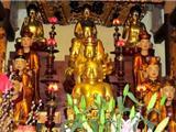 Tại Sao Trong Chùa Thờ Quá Nhiều Phật Và Các Vị Tổ Sư?