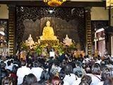 Hàng Nghìn Người Dâng Hương Cầu Siêu 49 Ngày Đại Tướng Võ Nguyên Giáp Tại Thiền Viện Sùng Phúc