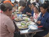 Quán Cơm 2000 Đồng: Lòng Nhân Ái Như Một Mạch Suối Ngầm