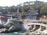 Yonggungsa - Ngôi Chùa Độc Đáo Bên Bờ Biển Ở Hàn Quốc