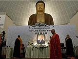 Hơn 3,000 Phật Tử Singapore Đến Tiễn Đưa Cố Thủ Tướng Lý Quang Diệu