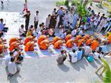 Mùa Tu Báo Hiếu Của Thanh Niên Khmer Vùng Bảy Núi
