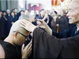 Tỷ Phú Trung Quốc Xuất Gia Cửa Phật Sau Hai Năm Ẩn Tu Trên Núi