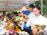 Lễ Mãn Chay Okphansa Trong Tâm Linh Phật Giáo Ở Lào