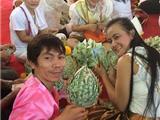 Thái Lan: Một Ngôi Chùa Nhận Gần 1 Triệu USD Tiền Cúng Dường Sau Lễ Hội Katrina