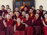 20 Sư Cô Tây Tạng Đầu Tiên Nhận Bằng Tiến Sĩ Sau Hơn 20 Năm Tu Tập