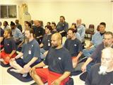 Các Tù Nhân Ở Hoa Kỳ Học Thiền Để Cải Thiện Cuộc Sống