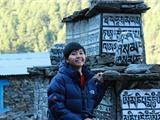Cô Gái Việt Nam Đầu Tiên Học Tiến Sĩ Phật Giáo Tại Tu Viện Nepal