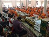 Tụng Kinh Cúng Cơm Trong Lễ Hội Dành Cho Người Chết Ở Campuchia