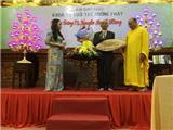 TS Nguyễn Mạnh Hùng Và Một Ngàn Phật Tử Trẻ Trong Chương Trình Gương Sáng