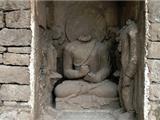 Phát Hiện Tượng Phật Tĩnh Tọa 1700 Tuổi Ở Pakistan