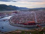 Chùm Ảnh: Cuộc Sống Bên Trong Tu Viện Ni Lớn Nhất Thế Giới Ở Tây Tạng