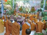 Video: Cảnh Sách Và Niệm Phật - Ni Sư Kim Sơn