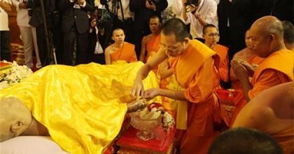 Nghi Thức Tang Lễ Theo Truyền Thống Phật Giáo Trên Thế Giới