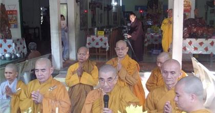 Người Tu Sĩ Cần Những Phẩm Hạnh Gì Mới Được Đặt Pháp Danh Cho Phật  Tử?