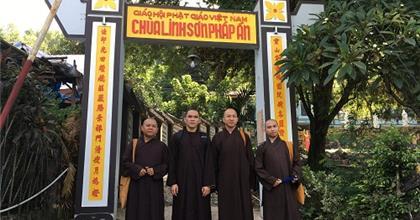 Chùm Ảnh: Hành Trình Phật Sự Hoằng Pháp Của Quý Thầy Ở Quan Âm Tu Viện Biên Hòa Tại Nha Trang
